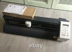 Roland CAMM-1 GS-24 Vinyl Plotter Cutter