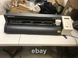 Roland Camm-1 Gs-24 Vinyl Plotter Cutter Plotter Pratiquement Flambant Neuf